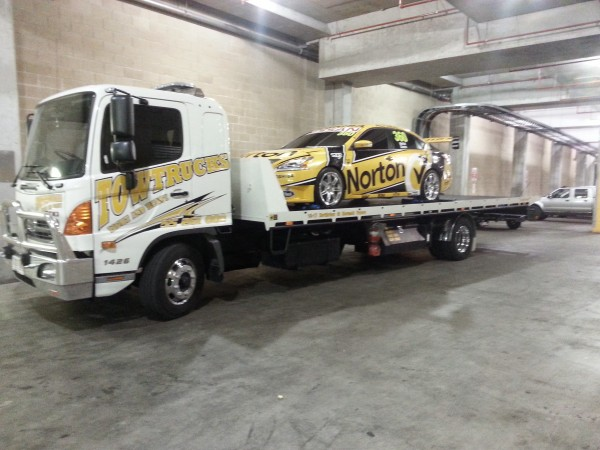 Gold Coast Towing with a Race Car
