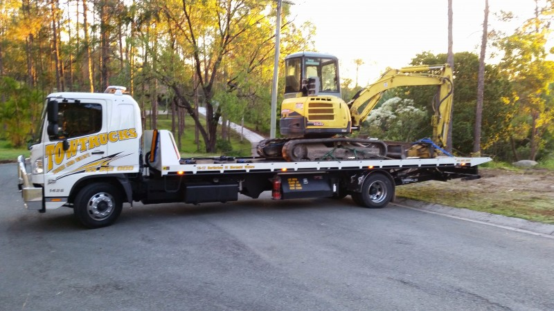 Gold Coast Light and Heavy Excavator Transport